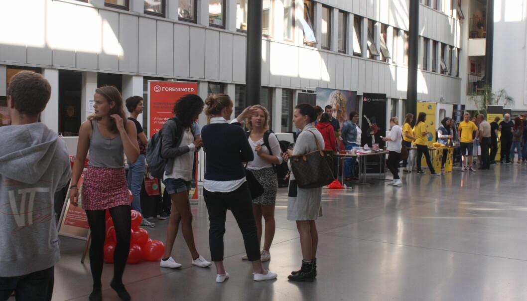 Studentene ved Kjeller har etterlyst mer informajson rundt de ulike aktivitetene og tilbudene. Tirsdag 20. august ble foreningsdagenavholdt. Foto: Carina Carlsen