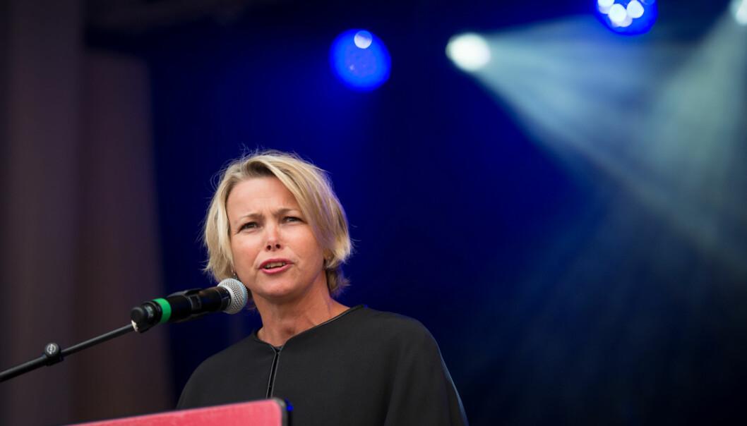 Rektor Kari Toverud Jensen regner med at Fakultet for helsefag får ordnet opp i sinstipendiatfloke. Foto: Skjalg Bøhmer Vold