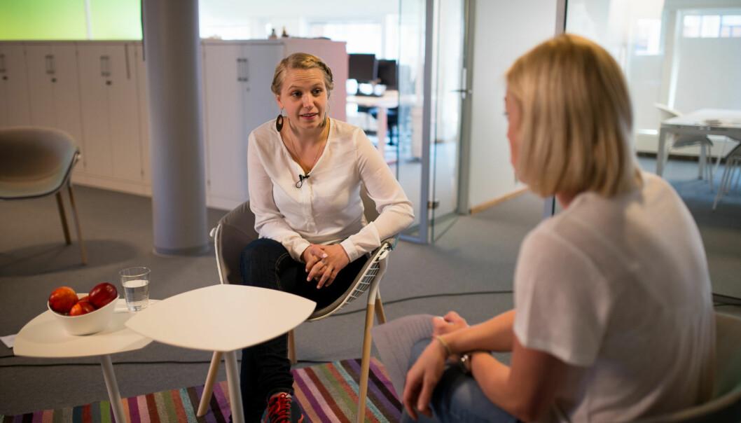 Eline Stølan er bekymret for at for mange søkere blir tilbudt plass. Det kalkuleres med et frafall på rundt 37 prosent på nasjonaltnivå. Foto: Skjalg Bøhmer Vold