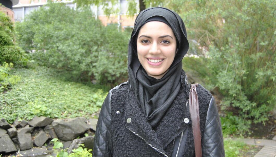Anam Shakil kunne tenke seg å jobbe med helsefremmende og forebyggende arbeid etter masteroppgaven hun nå skal igangmed. Foto: Maria Ingolfsdatter Randahl