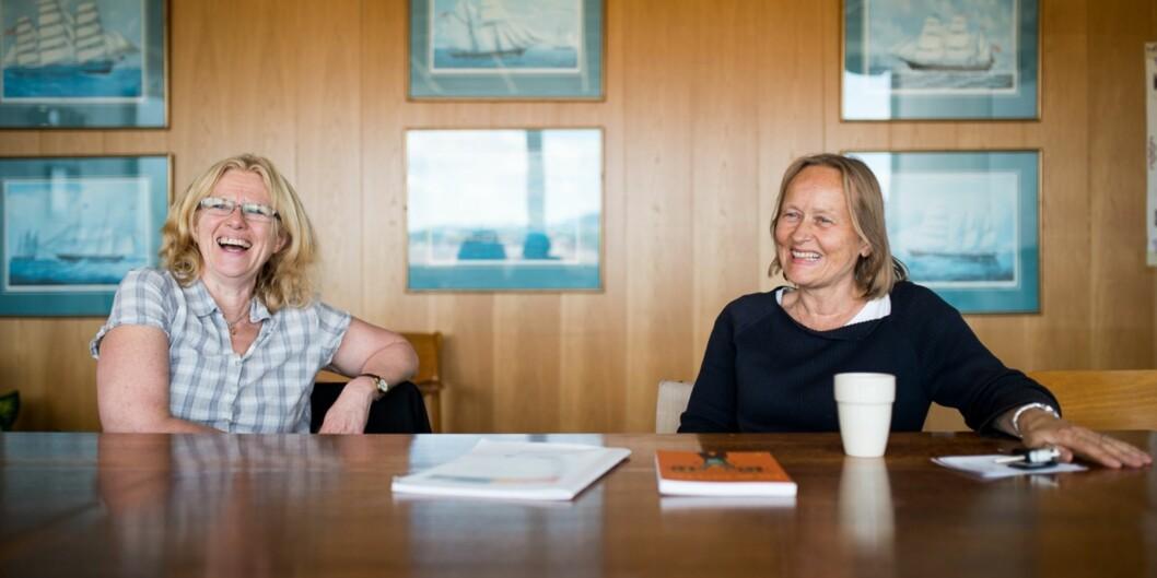 """Ellen Møller og Inger Vagle presenterer prosjektet sitt for Khrono noen få dager etter at de mottok <span class=""""caps"""">LO</span>s likestillingspris i2013."""