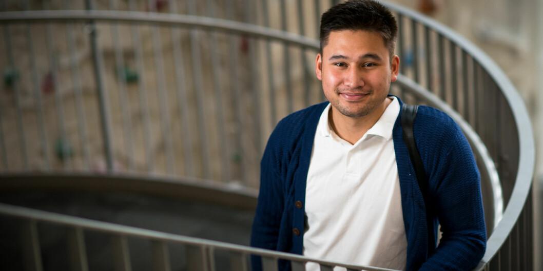 HiOA-student Simon Pettersen Nguyen er kåret til Årets it-student, blant annet på grunn av sitt sosiale engasjement og interesse forentreprenørskap. Foto: Skjalg Bøhmer Vold