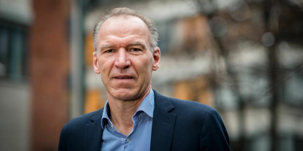 """<span class=""""caps"""">HR</span>-direktør Geir Haugstveit har tett dialog med fakultetene som har tilsettingsmyndighet, for å få fortgang på rekruttering av ansatte medførstekompetanse. Foto: Skjalg Bøhmer Vold"""