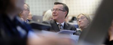 Rektor ved Universitetet i Bergen , Dag Rune Olsen, på møte i Universitets- og høgskolerådet. Foto: Ketil Blom Haugstulen