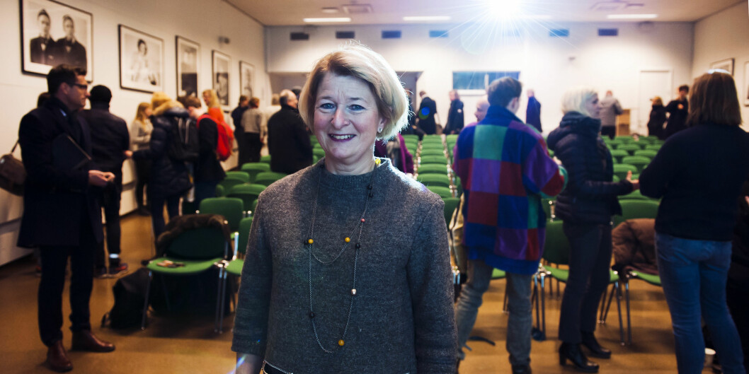Rektor Anne Husebekk ved UiT møtte nylig ansatte ved Tromsø museum og Kunstfakultetet for å orientere om planene om å utrede sammenslåing.Foto: Adnan Icagic