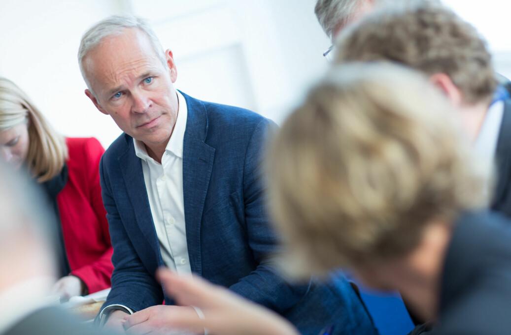 Kommunal- og moderniseringsminister Jan Tore Sanner under et besøk på NTNU. Foto: NTNU