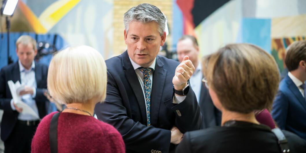 Statssekretær Bjørn Haugstad. Her i vandrerhallen på Stortinget, i forbindelse med statsbudsjettet 2018. Foto: Ketil Blom Haugstulen