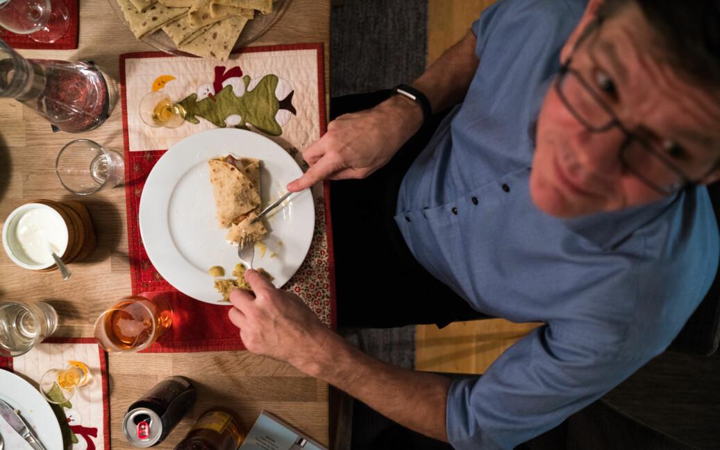 — Kan jeg spise også, spør UiO-rektor Svein Stølen. Foto: David Engmo