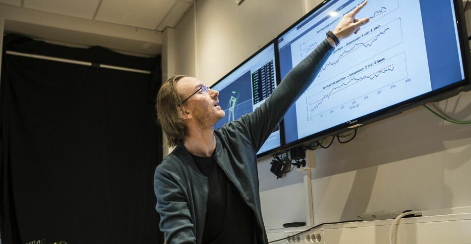 Rytmeforskningsinstituttet RITMO på Universitetet i Oslo, er et av sentrene for fremragende forskning (SFF) som har finansiering fra Forskningsrådet, her ved senterets nestleder Alexander Refsum Jensenius. Nå skal SFF-ordningen evalueres. Ketil Blom Haugstulen