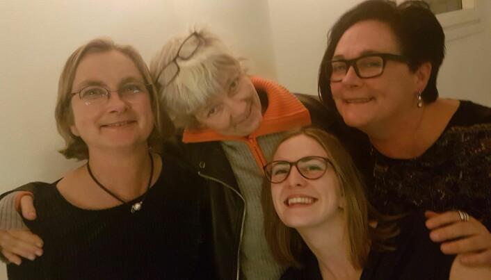 Khronoredaksjonens fire faste takker for det gamle. F.v: Hege Larsen, Eva Tønnessen, Anne Lindholm og Tove Lie.
