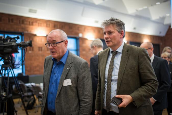 Gunnar Bovim og statssekretær Bjørn haugstad på kontaktkferansen. Foto:Skjalg Bøhmer Vold