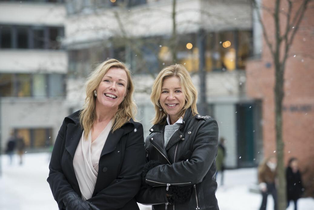 Nyansatt leder i Studiesenteret.no, Christin Kristoffersen, sammen med prorektor for utdanning ved OsloMet, Nina Waaler. Foto: Sonja Balci/OsloMet