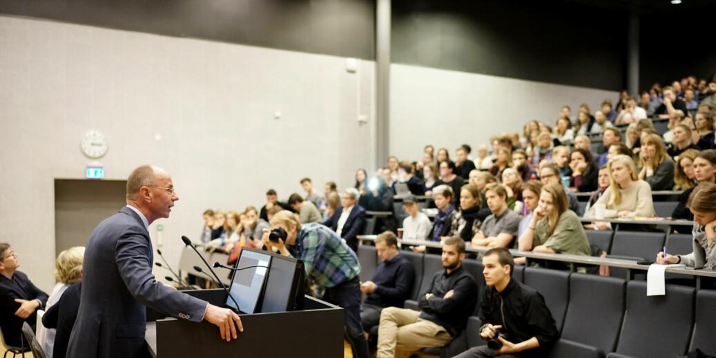 Arkivfoto fra allmøtet på psykologisk fakultet, fra da UiO midlertidig stengte internklinikkene sine i psykologi. Foto: Ketil Blom Haugstulen