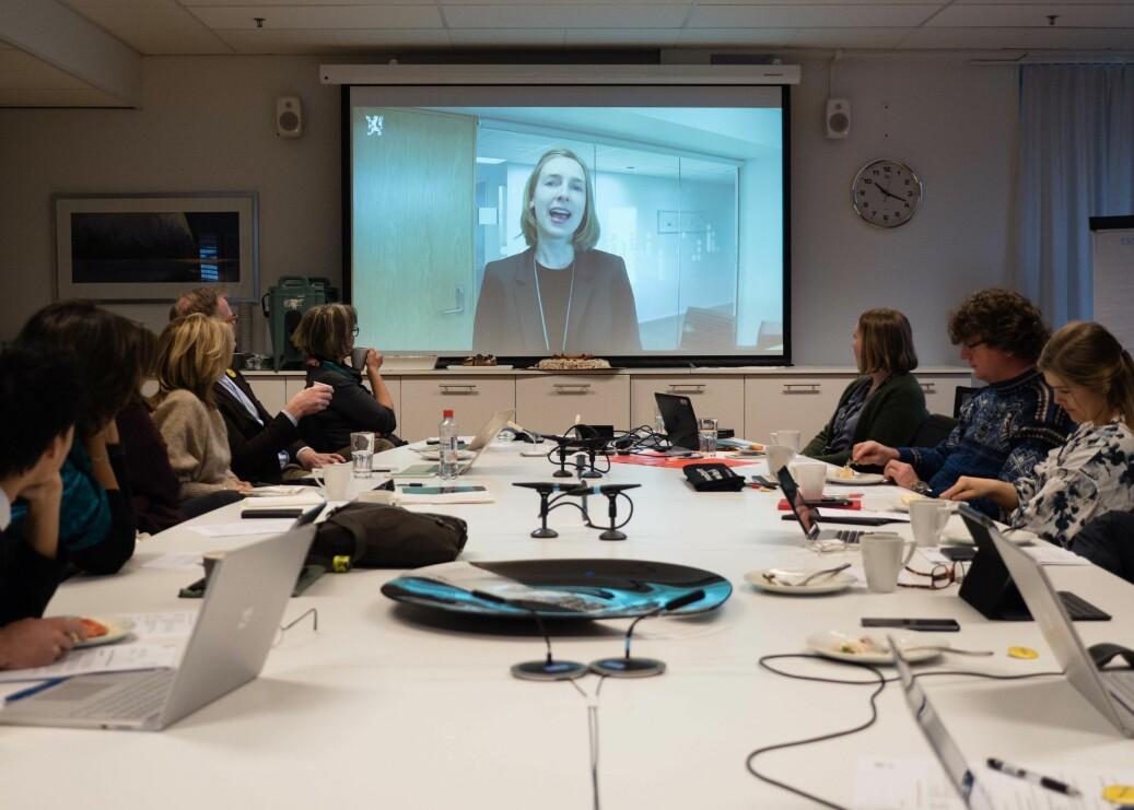 Forskning og høyere utdanningsminister Iselin Nybø var med på video for å markere at høgskolestyret var blitt til universitetsstyre. Foto: Petter Berntsen