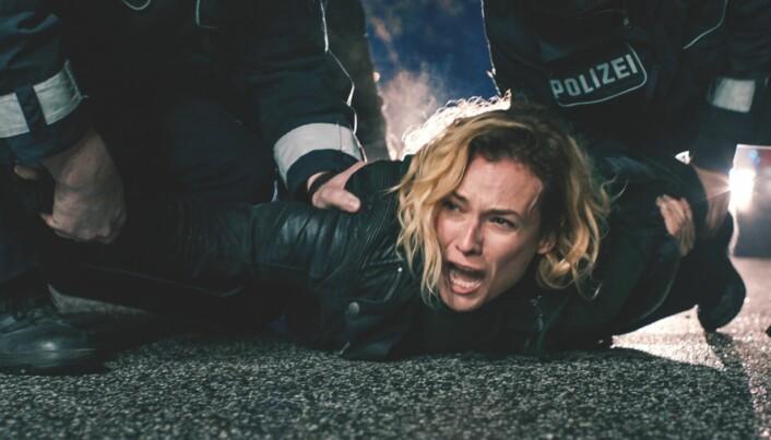 Diane Kruger, som spiller Katja fyller den rollen med alt hun har