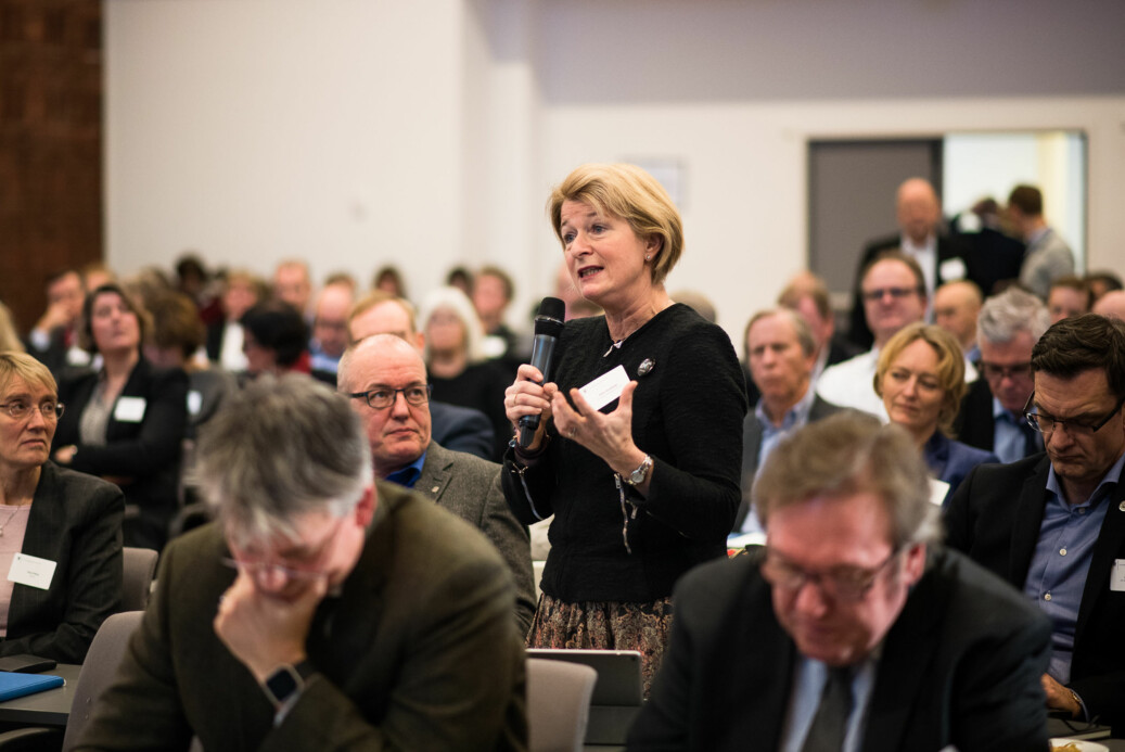 Rektor på UiT, Anne Husebekk, taler på Kunnskapsdepartementets kontaktkonferanse i januar. UiT hadde så sent som i november i fjor ikke registrert noen saker om seksuell trakassering, nå er det sannsynligvis over 25 saker ved universitetet. Foto: Skjalg Bøhmer Vold