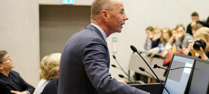 UiO-dekan følger snuoperasjonen: Går for interne psykologiklinikker