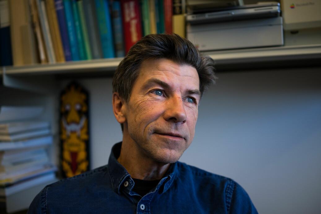 UiO-professor Dag O. Hessen er selv en av dem som løper fort i hamsterhjulet i akademia, men advarer mot konsekvensene. Foto: David Engmo