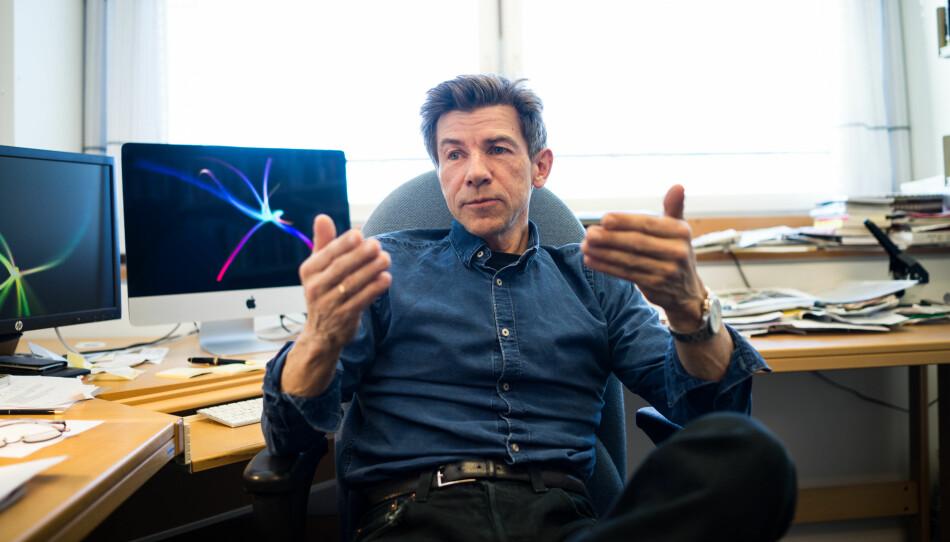 Dag O. Hessen er professor i biologi ved Universitetet i Oslo. Han meiner det er viktig at vi held på den norske finansieringsmodellen, der forsking primært blir finansiert gjennom statsbudsjettet. Foto: David Engmo
