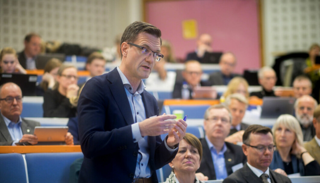 Jørgen Fossland, universitetsdirektør på UiT Norges arktiske universitet, sier ledelsen har fått en avklaring man greit kan følge opp. Foto: Ketil Blom Haugstulen