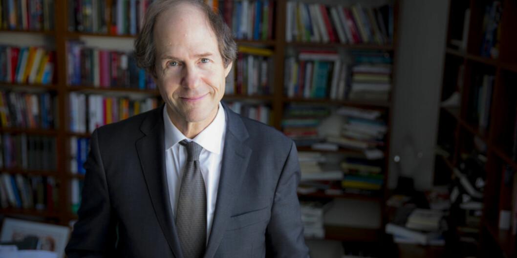 Cass Sunstein er professor ved Harvard og får 6 millioner kroner gjennom forskningsprisen Holbergprisen, som skal deles ut i juni. Foto: Rose Lincoln