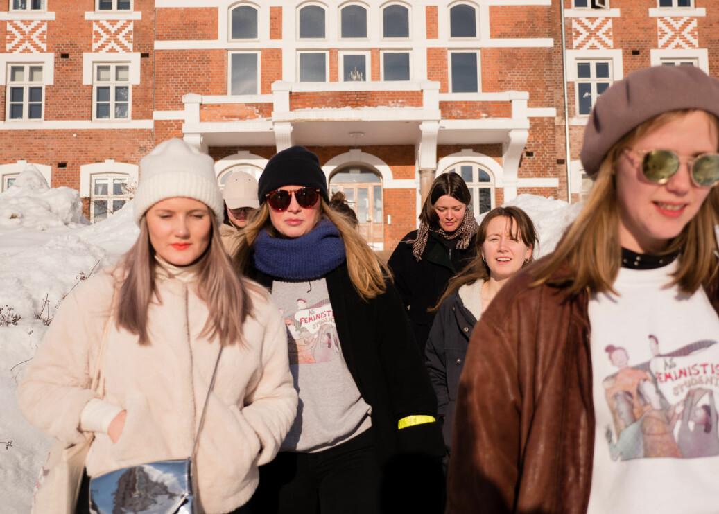 Ås feministiske studenter varslet demonstrasjon dersom Terje Søviknes skulle ha innledet på Energiseminaret. Foto: Petter Berntsen