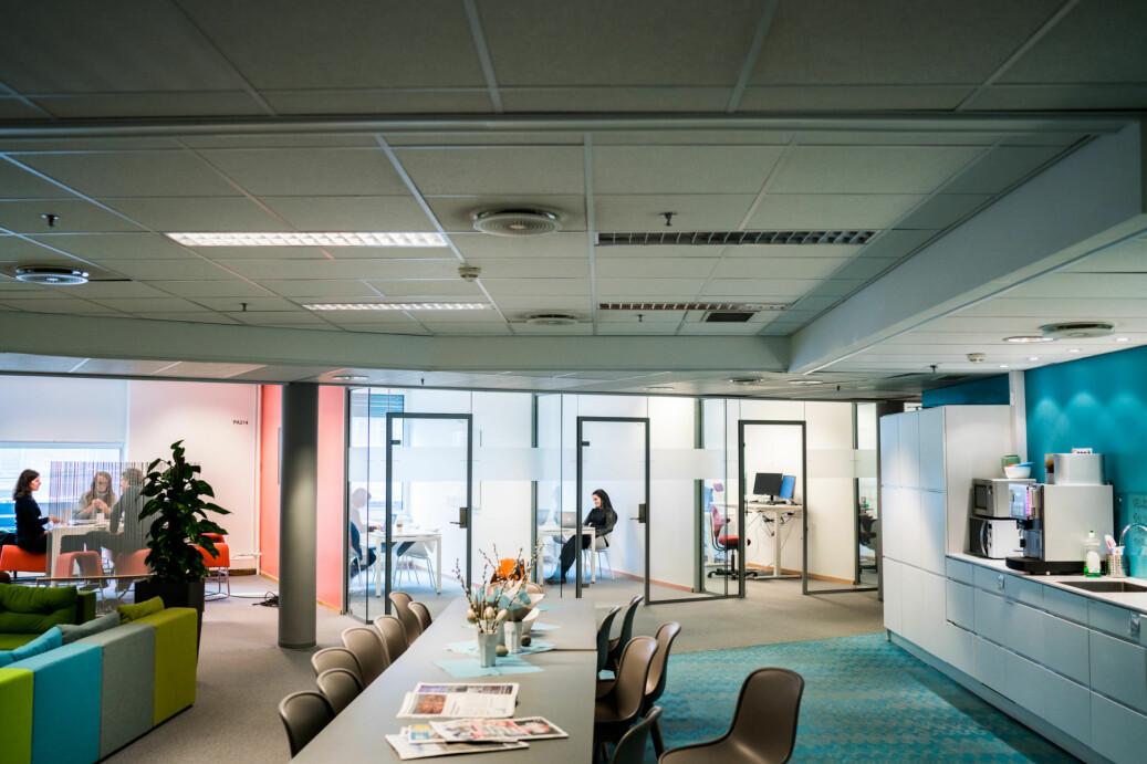 Åpent kontorlandskap på OsloMet. Foto: David Engmo