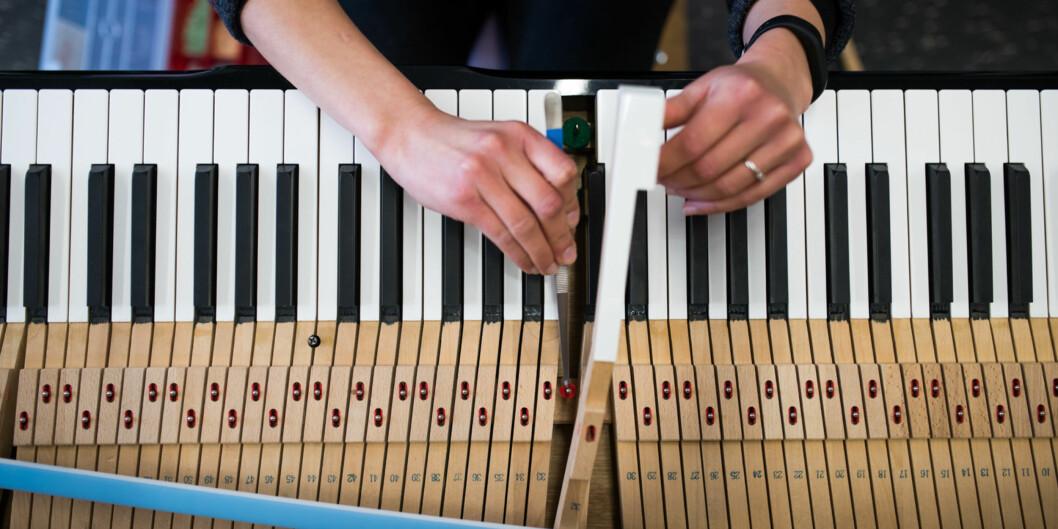 I 2011 ble det som var den siste pianostemmerlinja ved Rud videregående skole lagt ned. Siden den gang har Norges Pianostemmer og Teknikforening (NPTF) kjempet for en ny utdanning. Nå utdannes det fem studenter ved Norges Musikkhøgskole (NMH). Foto: Skjalg Bøhmer Vold
