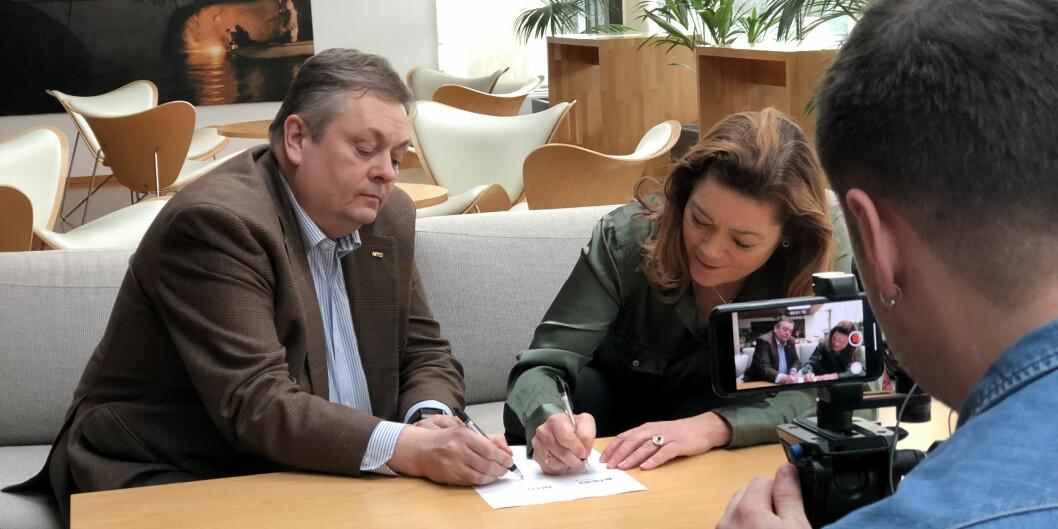 NITO-president Trond Markussen sammen med NHO-direktør Kristin Skogen Lund. Foto: Anne Birgitte Hjelseth