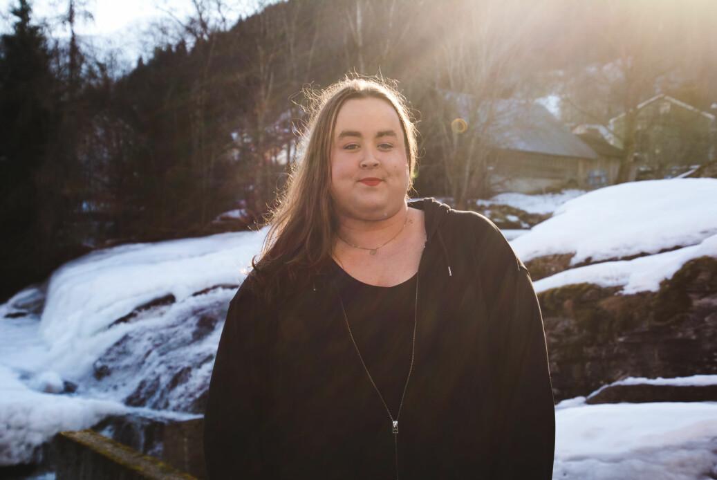 Student ved Høgskulen på Vestlandet, Karoline Skarstein, mener at studentene må bli flinkere til å passe på hverandre. Foto: Silje Takle