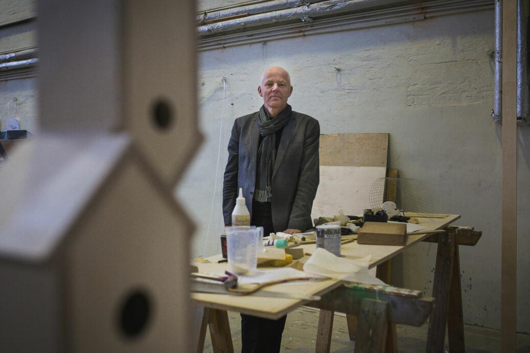 Ole Gustavsen ble onsdag ansatt i en ny åremålsperiode som rektor ved Arkitektur- og designhøgskolen i Oslo. Foto: Siri Øverland Eriksen