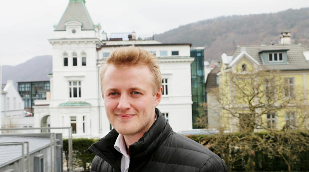 Håkon Randgaard Mikalsen er fra Hamar og har bodd seks år i Bergen, der han har studert historie, sammenliknende politikk og religionsvitenskap. Foto: Njord V. Svendsen