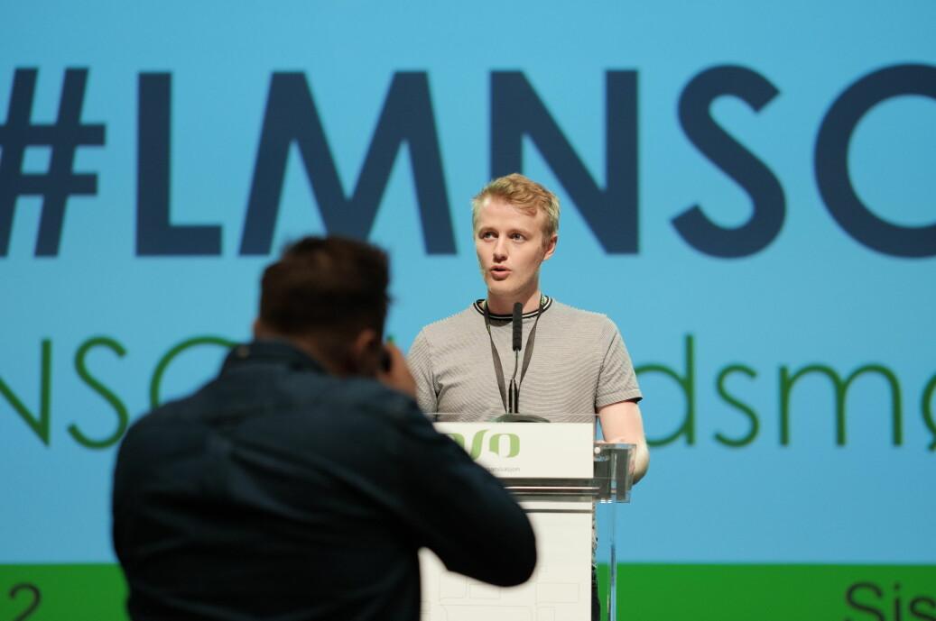 Håkon Randgaard Mikalsen sier mannsdominansen landsmøtets talerstol må fikses til neste år. Foto: Ketil Blom Haugstulen