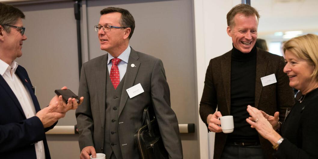 Tre valgte rektorer, Svein Stølen ved UiO, Dag Rune Olsen ved UiB og Anne Husebekk ved UiT, sammen med Curt Rice, som er ansatt rektor ved OsloMet. Foto: Skjalg Bøhmer Vold