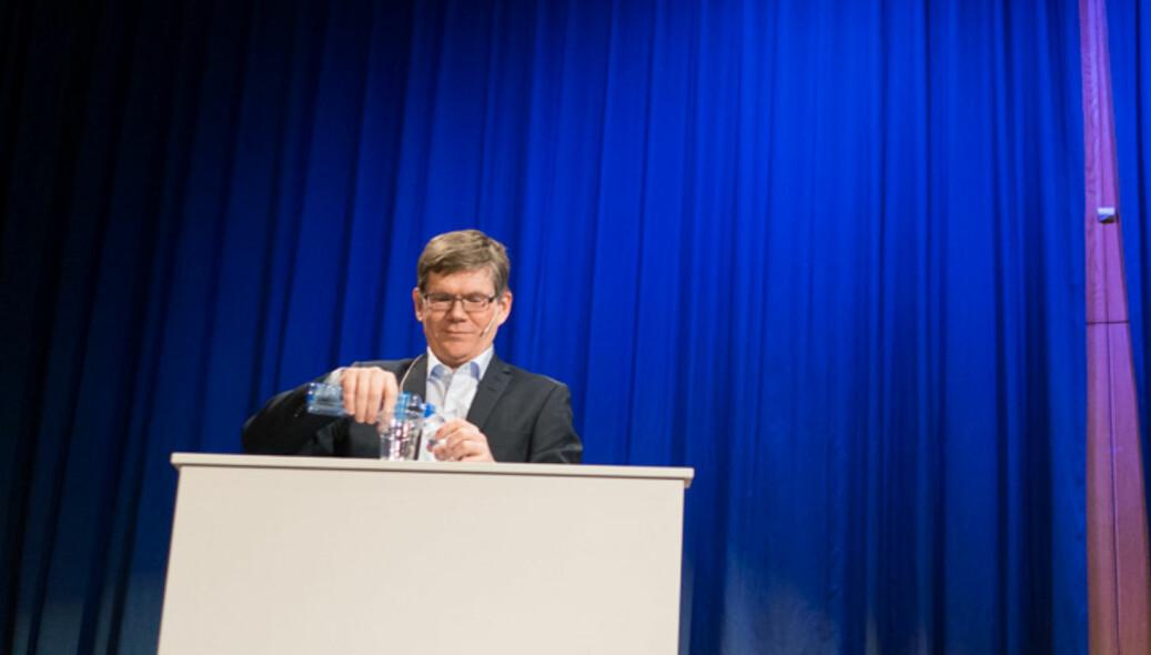 Svein Stølen på debatten med motkandidat Hans Petter Graver ved rektorvalget i 2017. Foto: Ketil Blom Haugstulen