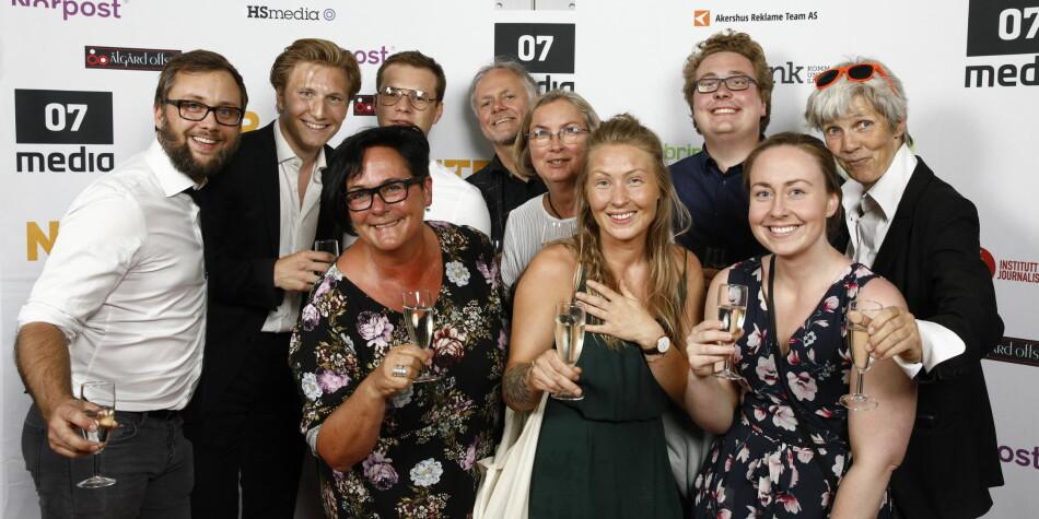 Her er deler av Khrono-redaksjonen samlet under 2018-utdelingen av Fagpresseprisene der redaktør Tove Lie vant pris som Årets redaktør. Foto: NTB Scanpix