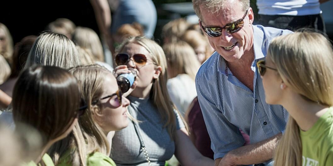 OsloMet-rektor Curt Rice har tatt til orde for nye tanker om norsk studieopptak. Her i møte med nye studenter under velkomstseremonien i 2016. Foto: Benjamin A. Ward / OsloMet