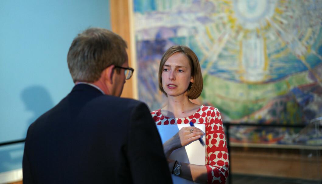 Iselin Nybø lover at departementet vil følge nøye med på kjønnsfordelingen på psykologi framover. Foto: Ketil Blom Haugstulen