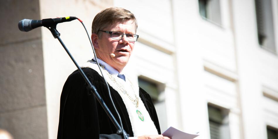 Rektor ved Universitetet i Oslo, Svein Stølen, mener medisinutdanningene i Norge bør styrkes i Oslo, Bergen, Trondheim og Tromsø fremfor å etablere flere. Foto: Runhild Heggem