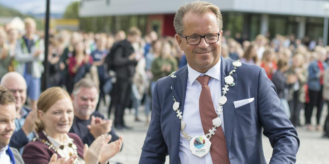 Rektor Bjørn Olsen ved Nord universitet er ansatt rektor og trekker seg nå to år før tiden. Foto fra Nord: Svein-Arnt Eriksen