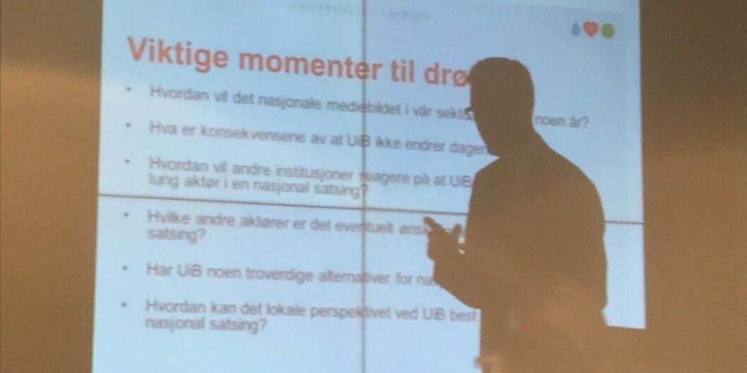 UiB-rektor Dag Rune Olsen legger frem nytt forslag om medeierskap i Khrono neste uke. Foto: Skjermdump fra UiB-styremøte