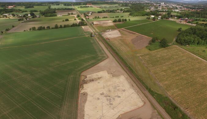 Utgravningsfeltene ved Dilling utenfor Moss. Foto: Kulturhistorisk museum