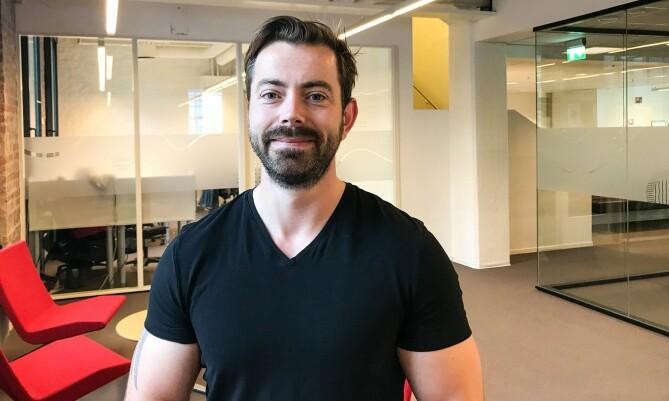 Steinar Vikholt er prosjektleder for appen Uniby Sørøst som skal gi lavterskeltilbud for å forbygge ensomhet blant studenter. Foto: Jan-Henrik Kulberg, Universitetet i Sørøst-Norge