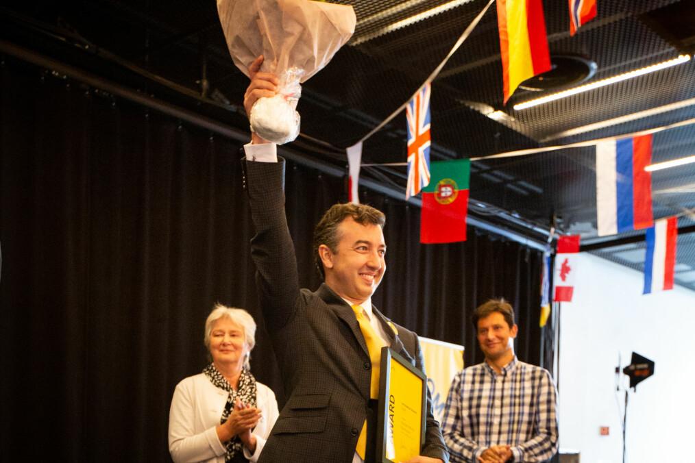 — Mangfold er nøkkelen til innovasjon, sa Giannoumis til Khrono etter seremonien.