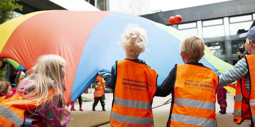 70 år med utdanning av ansatte til barnehager er markert på Høgskulen på Vestlandet denne uka. Foto: Marthe Seljeset Berg-Olsen