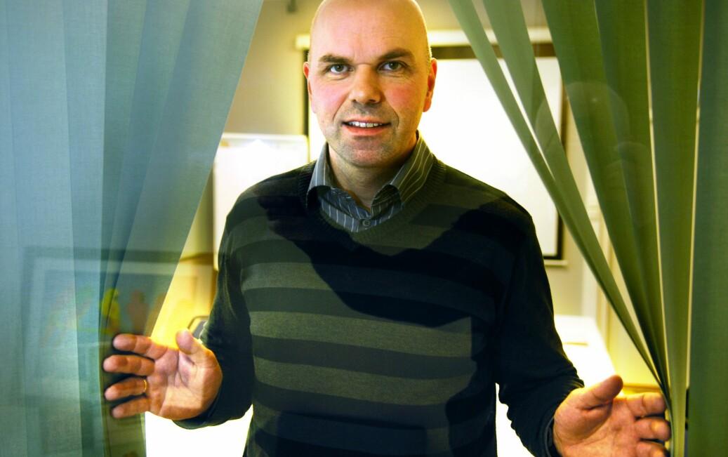Advokat Erling Grimstad forteller om strammere regler for opplysningsdeling i ny personopplysningslov. Foto: Svein Erik Furulund / NTB scanpix