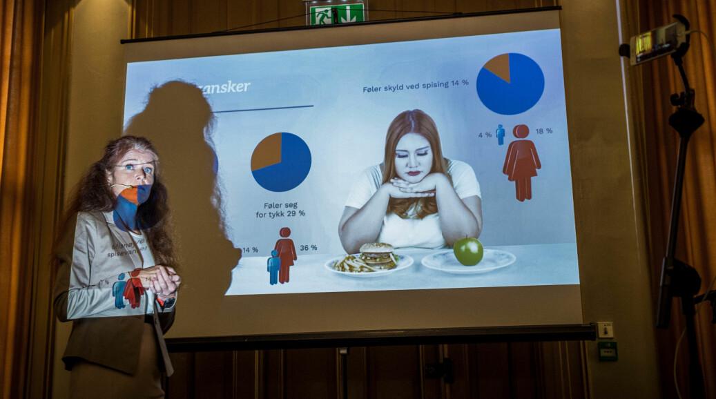 Kari Jussie Lønning presenterte SHoT 2018, som viser en sterk økning i psykiske plager hos studenter siden 2010. Lønning er lege og leder for SHoT-arbeidsgruppen. Foto: Siri Øverland Eriksen