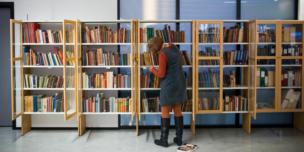 Forfatterne av dette innlegget, prorektorene Margareth Hagen (UiB) og Bjarne Foss (NTNU), advarer mot forhastet innføring av Plan S om åpen publisering. Illustrasjonsfoto: Skjalg Bøhmer Vold