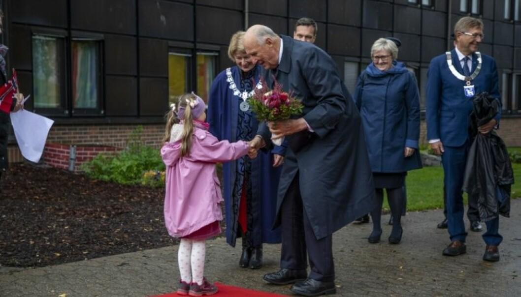 Hans Majestet kong Harald var hedersgjest ved den offisielle markeringen av UiTs 50-års jubileum og åpningen av Forskningsdagene 2018, 20.september. Foto: UiT