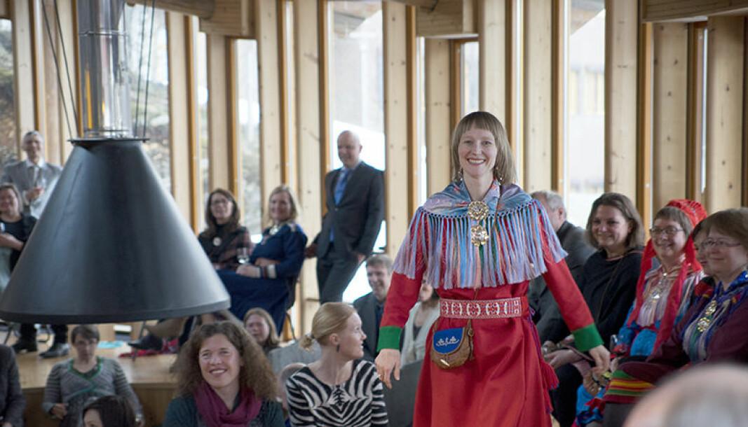 Lill Tove Fredriksen etterlyser at Sannhets- og forsoningskommisjonen deltar debatten i det hun kaller det norske majoritetssamfunnets offentlige rom.